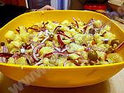 Картофената салата с каперси на Бистра
